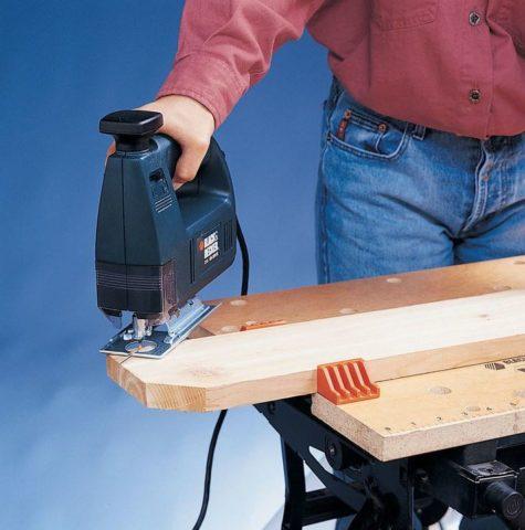 Скамеечка для работы на грядках: чудо-изобретение для комфортной прополки