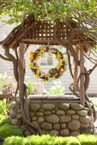 Декоративный колодец для сада своими руками: пошаговая инструкция + идеи оформления