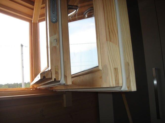 Утепляем окна перед зимой