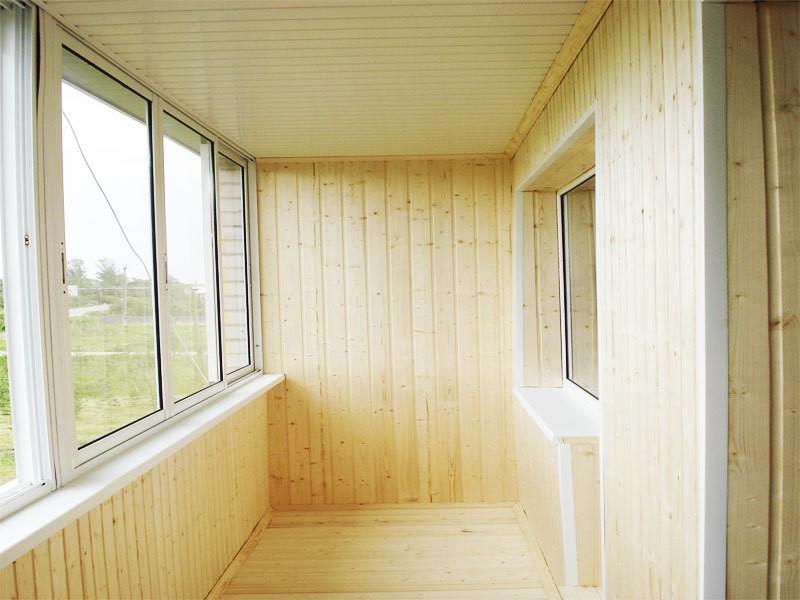 Чем обшить балкон: выбор материла, особенности работы