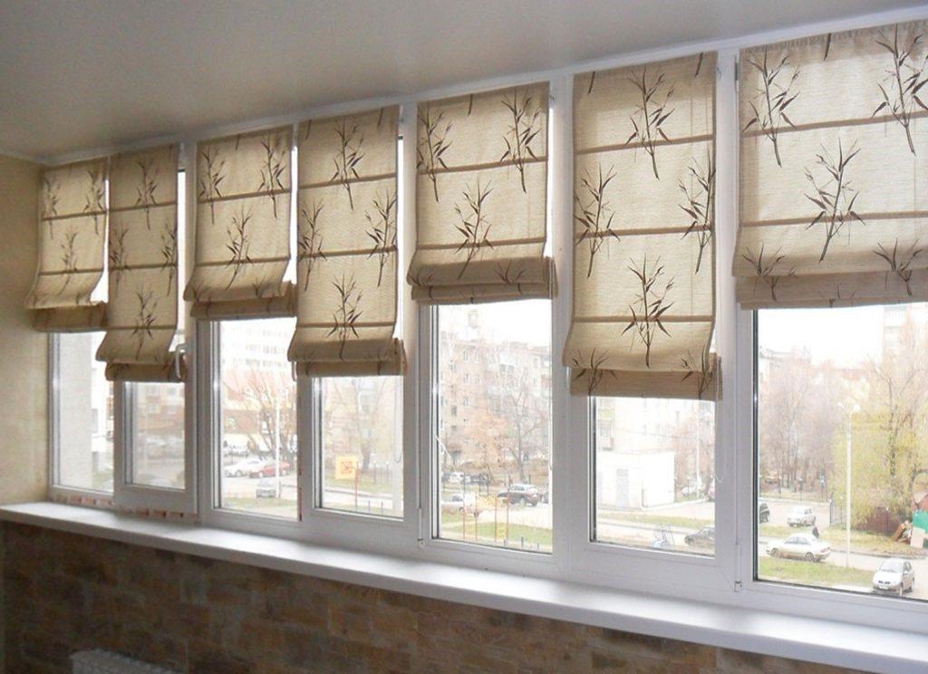 Как правильно выбирать шторы для балкона