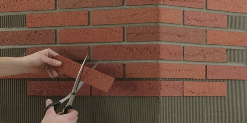 Современная альтернатива обоям и покраске при внутренней отделке стен