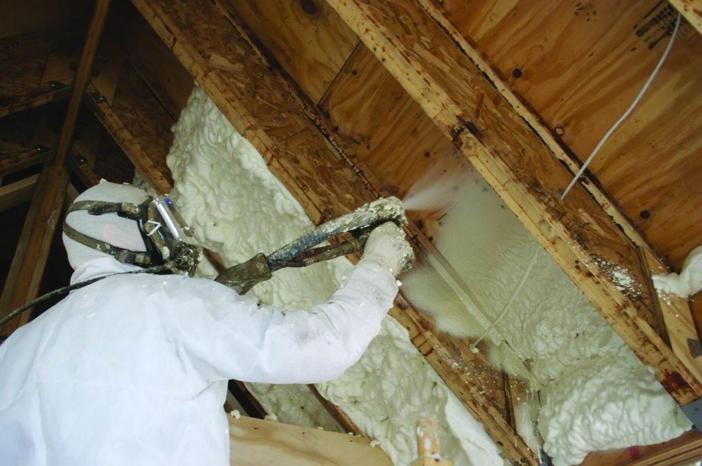 Материалы для утепления крыши деревянного дома