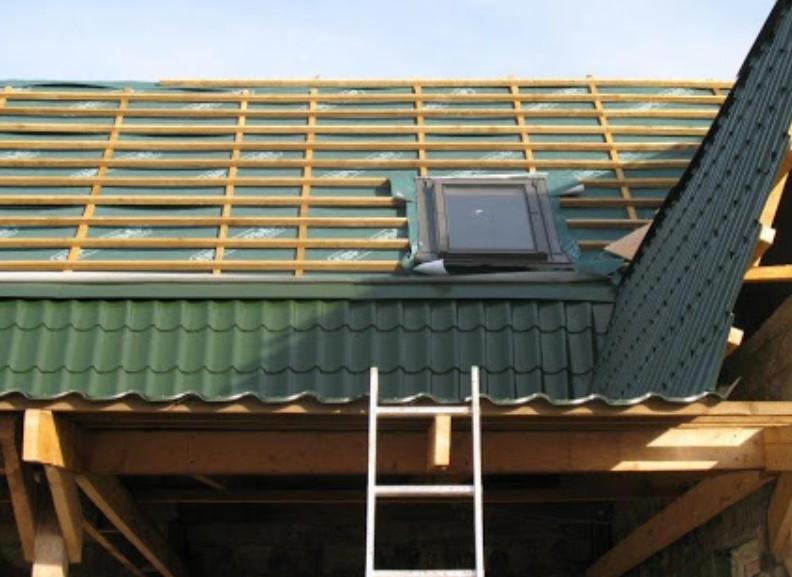 Ремонт крыши частного дома: когда он необходим