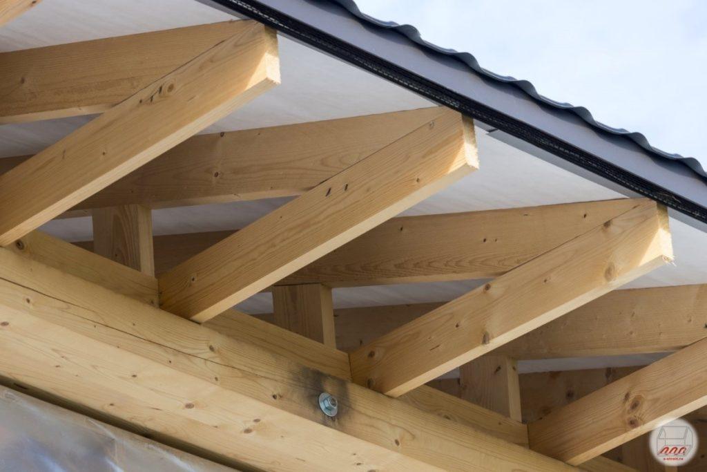 Обустройство карниза крыши, покрытой листами металлочерепицы
