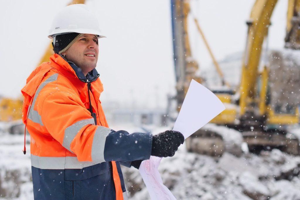 Можно ли производить строительные работы в любое время года