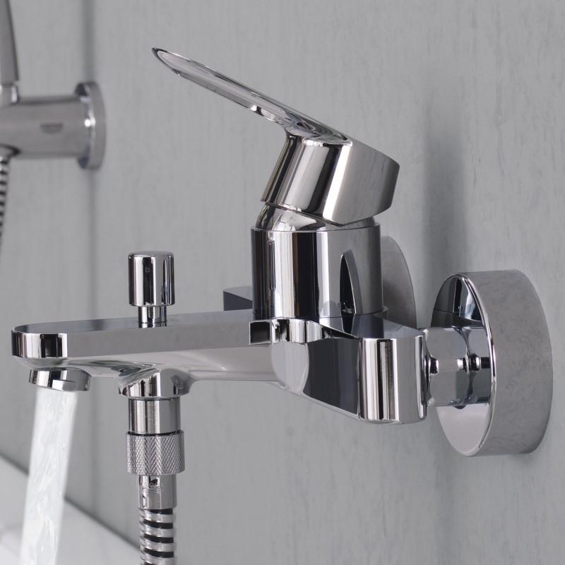 Смеситель для ванны с душем: виды, особенности, способы крепления