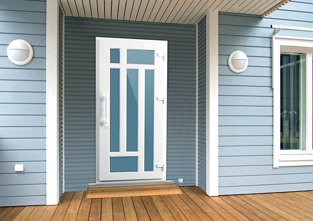 8 причин, почему в доме стоит установить пластиковую дверь
