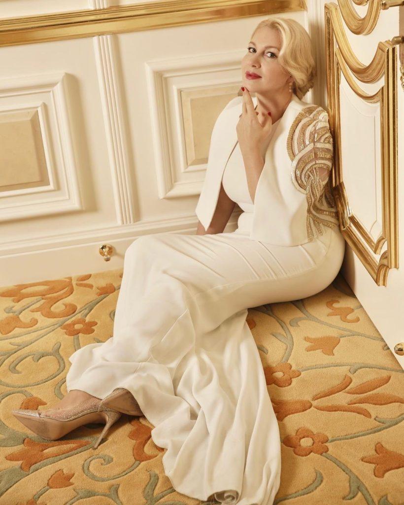 Екатерина Одинцова живет в роскошной трехкомнатной квартире