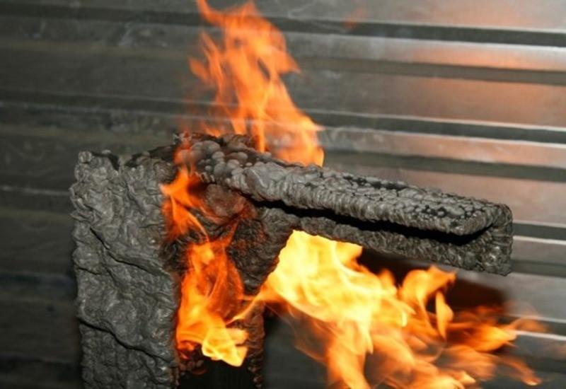 Какая огнезащитная краска для дерева и металла спасает при пожаре