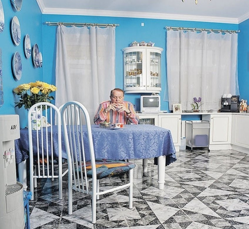 Где живет Александр Масляков