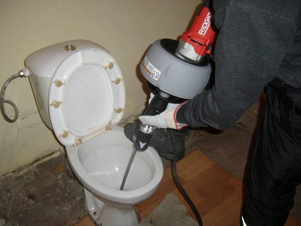 Ошибки, совершаемые при монтаже канализационной системы частного дома